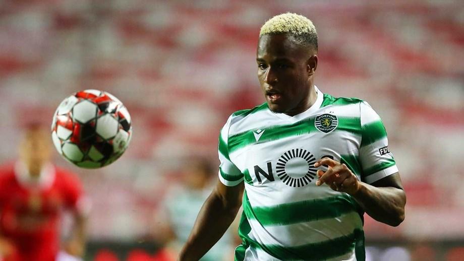 Southampton negoceia Jovane Cabral