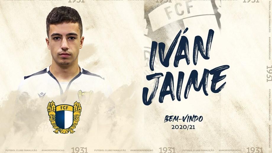 Iván Jaime oficializado como reforço do Famalicão
