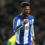 Zé Luís pressiona pela saída do FC Porto