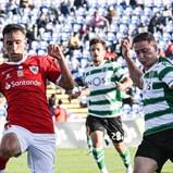 Nuno Santos deu camisola ao rival após final tenso