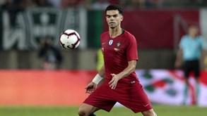 Portugal-Espanha: Pepe ultrapassa Fernando Couto e é o defesa com mais internacionalizações
