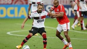 Flamengo-Internacional: título em discussão no Brasil
