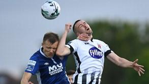 St. Patrick's-Dundalk FC: ação no campeonato irlandês