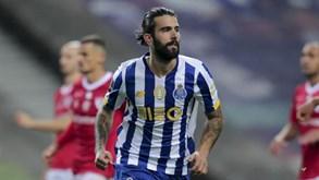 Transferência de Sérgio Oliveira ainda presa por 5 milhões de euros