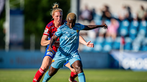 Djurgårdens IF-Örebro SK: duelo de opostos na Suécia