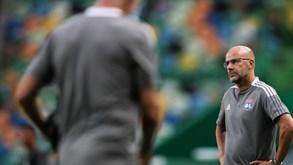 Peter Bosz: «Quem assistiu ao jogo sabe que o Sporting merecia vencer por muitos mais golos»