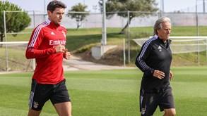 Aí está Yaremchuk: reforço do Benfica já treina com Jorge Jesus