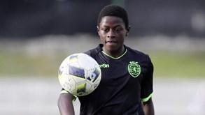 De leão ao peito desde criança ao PSG: as imagens mais marcantes de Nuno Mendes no adeus ao Sporting